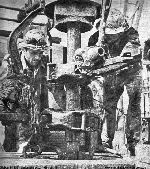 Rad na tornjevima za istraživanje nafte težak je i opasan posao.