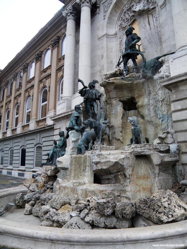 Budim, palača, fontana Matije Korvina