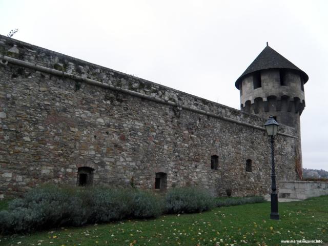 Budim, palača, srednjevjekovna utvrda,
