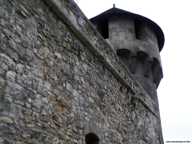Budim, palača, srednjevjekovna utvrda