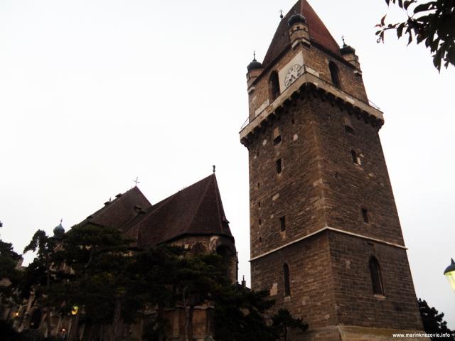 Perchtoldsdorf, obrambena kula