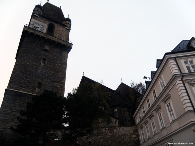 Perchtoldsdorf, obrambena kula, crkva sv. Augustina