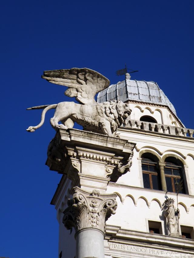 Padova, Piazza dei Signori , La Colonna Marciana