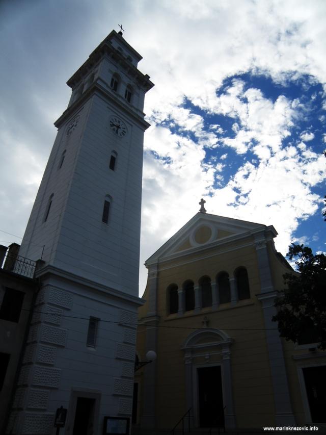 Novi Vinodolski, Crkva sv. Filipa i Jakova