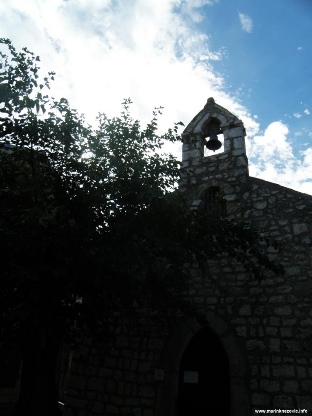 Novi Vinodolski, crkva sv. Trojice