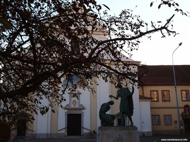 Sambotel, Szombathely, sv. Martin