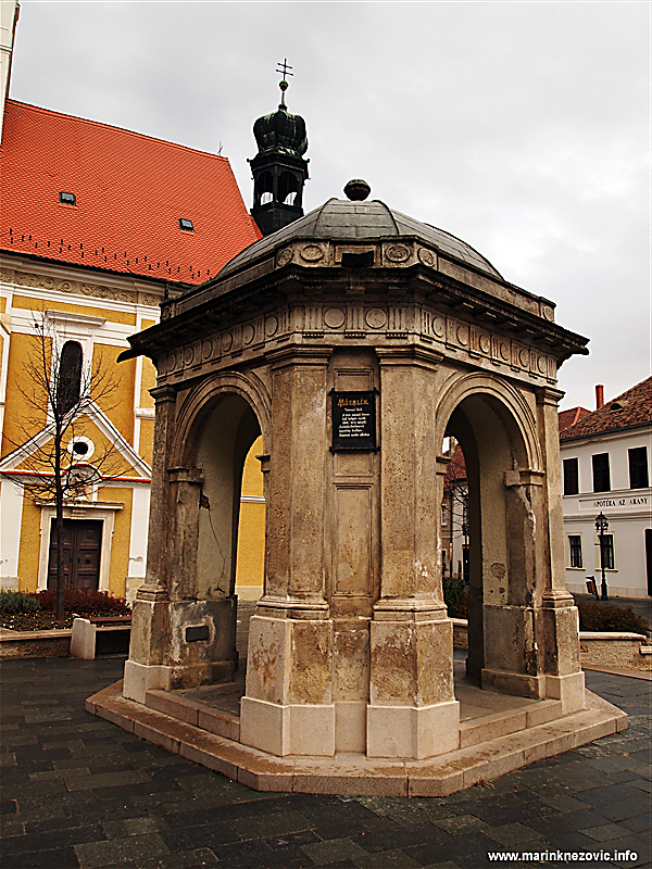 Jurišićev trg