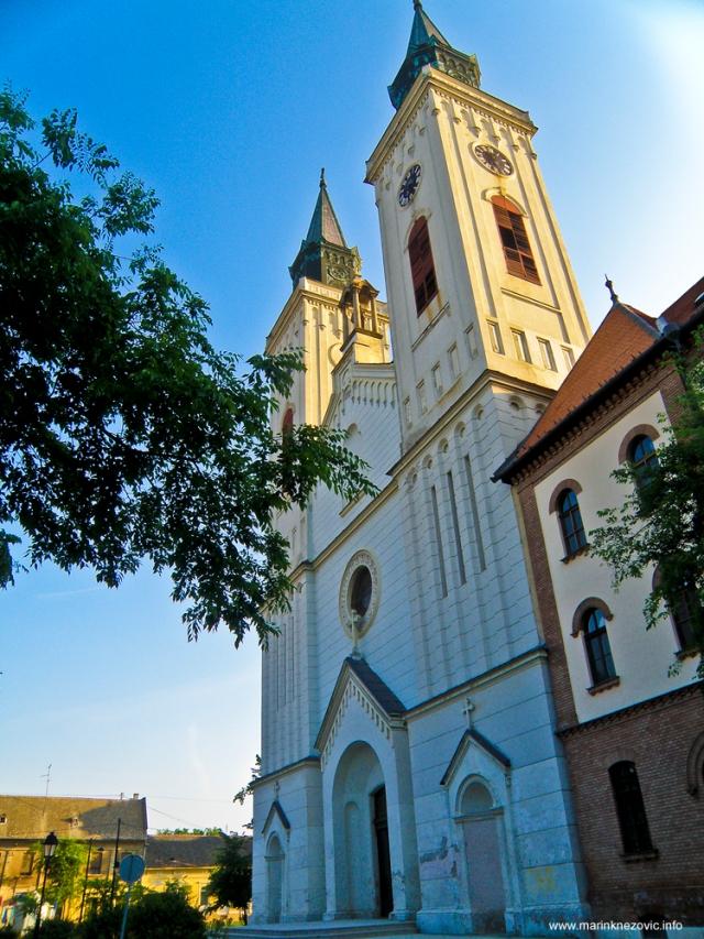 Karmelska crkva Svetog Stjepana Kralja Sombor