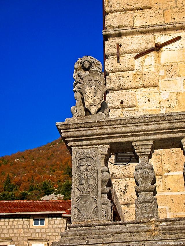 Detalj s palače Bujović