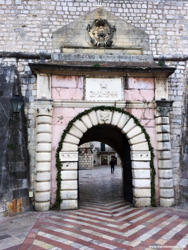 Morska vrata