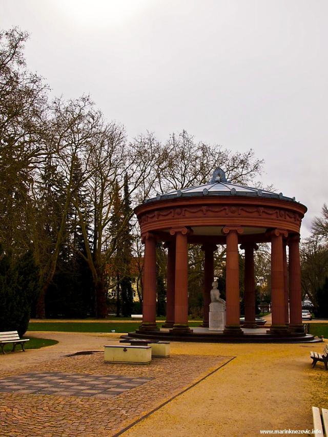 Elizabetin izvor - kružni hram iz 1918.