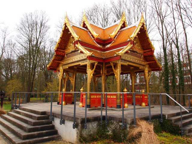 """Novi tajlandski (sijamski) """"hram"""""""