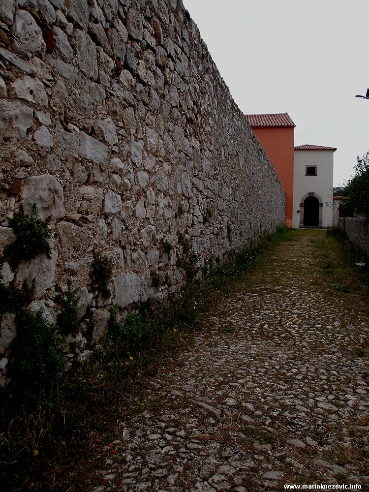Samostan Sv. Duje, Kraj